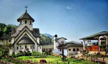 Манастири – стожери органске производње у Србији