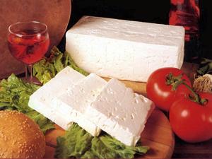 Полиција расписала тендер за сир, домаћи кајмак и паприку у павлаци